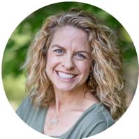 rise women's community CO-CREATOR